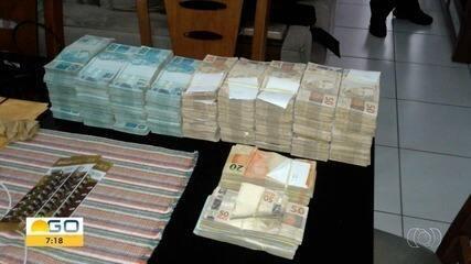 Escutas da PF revelam entrega de mais de R$ 1 milhão em propina para campanhas de Perillo