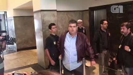 Deputado André Corrêa chega preso à sede da PF