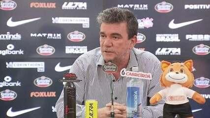 Andrés Sanchez comenta penhora da taça do Mundial do Corinthians