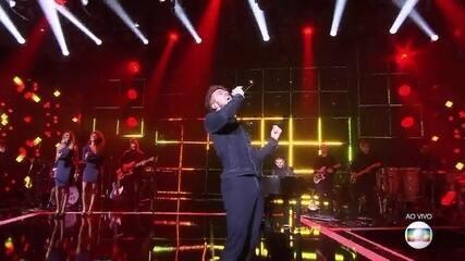 João Côrtes cantou 'Unchain My Heart'