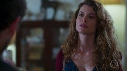 Isabel conta para Alain que ele é pai de Priscila