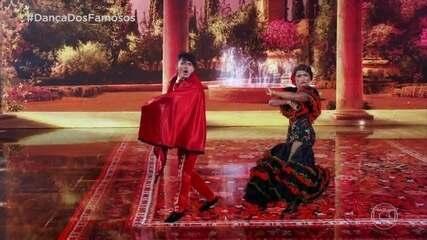 Erika Januza e Elias Ustariz dançam o paso doble
