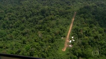 Tempo chuvoso prejudica as buscas ao avião desaparecido na Amazônia
