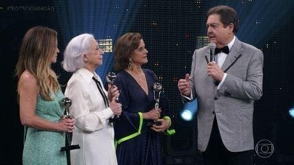 A premiação para as atrizes na 'Categoria Especial'
