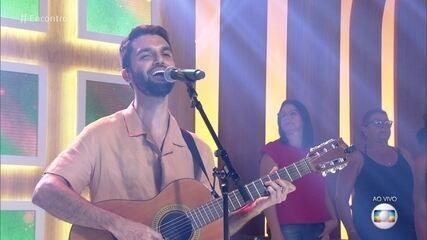 Silva canta nova música 'Brisa'