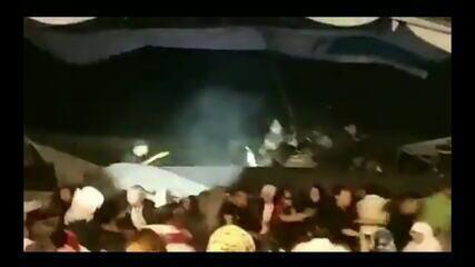 Tsunami na Indonésia: vídeo registra momento em que palco é atingido