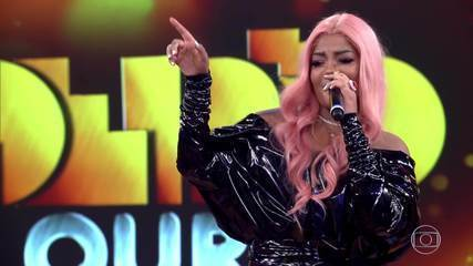 Ludmilla canta 'Din din din' e arrasa no palco do 'Caldeirão de Ouro'