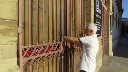 Governo do estado do Rio encerra exposição de arte para impedir performance