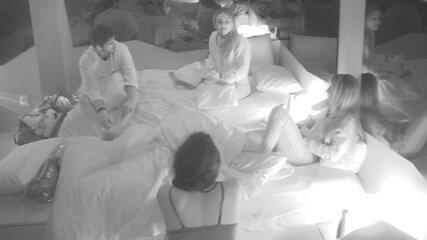Maycon filosofa com sisters: 'As pessoas confundem atenção com intenção'