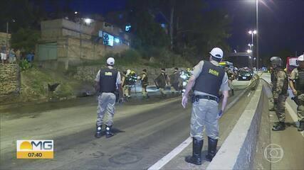 Após morte de mulher atropelada, moradores protestam no Anel Rodoviário de BH