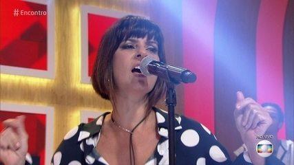 Fernanda Abreu canta 'Rio 40 Graus'