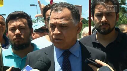 Lula decide não deixar prisão após autorização para se encontrar com familiares em quartel
