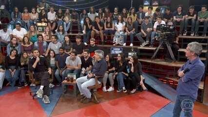 Chay Suede diz que Marcelo D2 foi jurado em sua estreia na vida artística