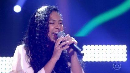 Julya Santos canta 'Quem Sou (How Far I'll Go)'
