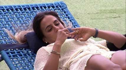 Carolina conta que já ficou com ex-BBB: 'É carioca'