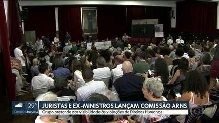 Juristas e ex-ministros lançam Comissão Arns, dos Direitos Humanos