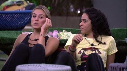 Isabella reclama de ronco de Alan: 'Está demais'