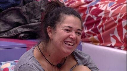 Tereza brinca sobre Elana: 'Tenho fama de faladeira, mas ela ganhou de mim'
