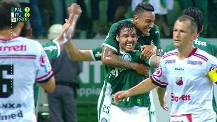 Gol do Palmeiras! Após escanteio, Edu Dracena desvia e Ricardo Goulart marca, aos 11 do 1ºtempo
