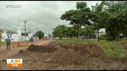 Principal avenida de Redenção está interditada por causa da chuva
