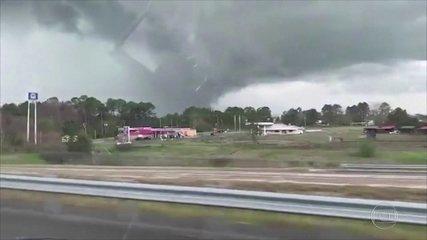 Tornados matam 23 pessoas no estado americano do Alabama