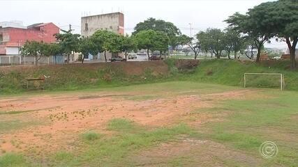 Obras abandonadas de espaços de lazer e esporte preocupam moradores