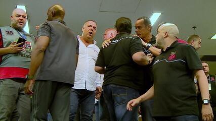 Dirigentes de Vasco e Flamengo discutem na entrada dos vestiários do Maracanã