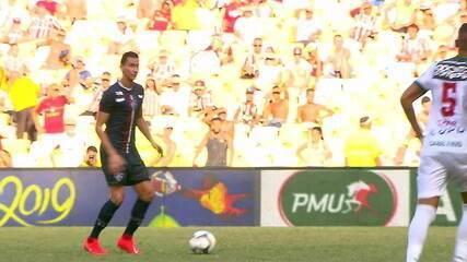 Luís Roberto e Roger Flores analisam craque do jogo e desempenho da partida entre Fluminense e Cabofriense
