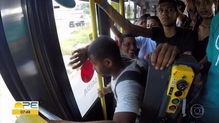 TI Sufoco: série mostra desafios de quem atravessa o Grande Recife de ônibus