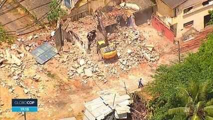 Demolição de armazéns do Cais José Estelita provoca protesto no Recife