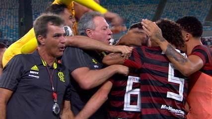 Os gols de Fluminense 1 x 2 Flamengo pela semifinal da Taça Rio