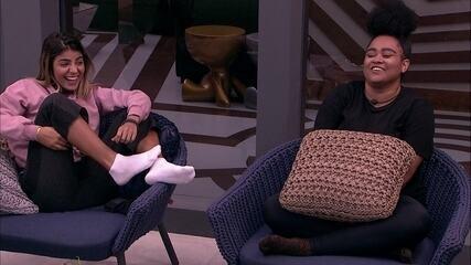 Sisters falam sobre sexo e Gabriela revela segredo