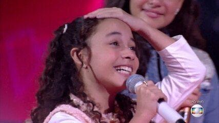 Luiza Barbosa segue como finalista do time Claudia
