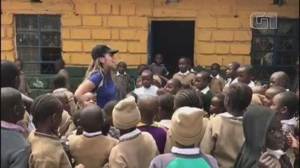 Jovem se dedicou a trabalho voluntário com crianças soropositivo no Quênia