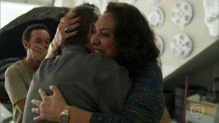 Rania reencontra Elias