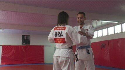 Éverton Ribeiro lembra da infância e encara Sarah Menezes no tatame