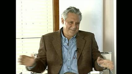 Antônio Fagundes se entrevista no 'Casseta & Planeta, Urgente' em 1997