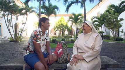 O 'Vumbora' desbrava o bairro de Nazaré, centro da diversidade religiosa de Salvador