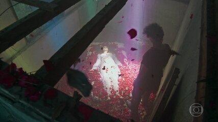 Murilo encontra o corpo de Milu