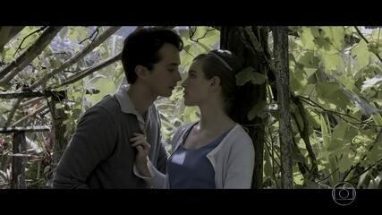 Edson diz que quer noivar com Cecília, mas a menina está em dúvida