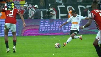 Segundo jogo: Corinthians 2 x 1 São Paulo