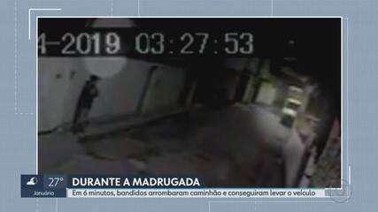 Em 6 minutos, homens arrombam caminhão e roubam o veículo, em BH