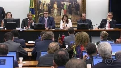 Relator da reforma da Previdência na CCJ retira quatro pontos do texto
