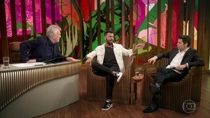 Thiago Brava lembra o começo da carreira e descobre que Gustavo tentou carreira musical
