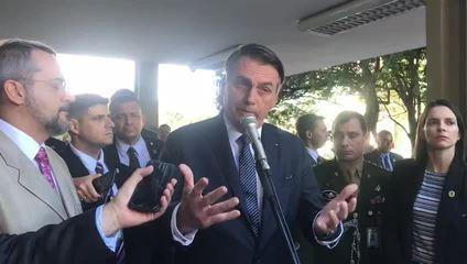 Jair Bolsonaro manifesta preocupação com casos de amputação de pênis no Brasil