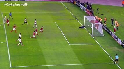 Inter deixa vitória escapar no último minuto e partida termina em empate