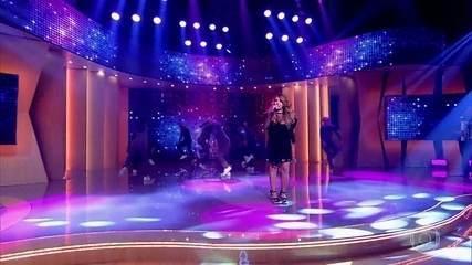 Elba Ramalho canta 'Oxente'
