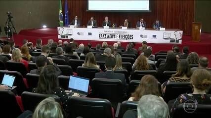 Experiências reunidas num seminário no TSE vão ajudar a combater fake news