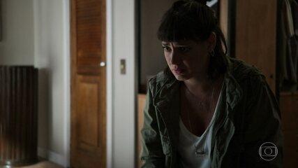 Sara pede que Abner não deixe de ser seu amigo