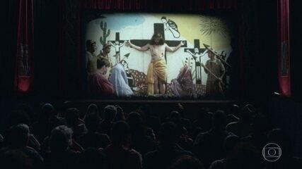 Francis apresenta o filme inspirado na 'A Paixão de Cristo' no Cine Holliúdy
